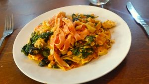 Tagliatelle with spinach, ricotta and Parmesan