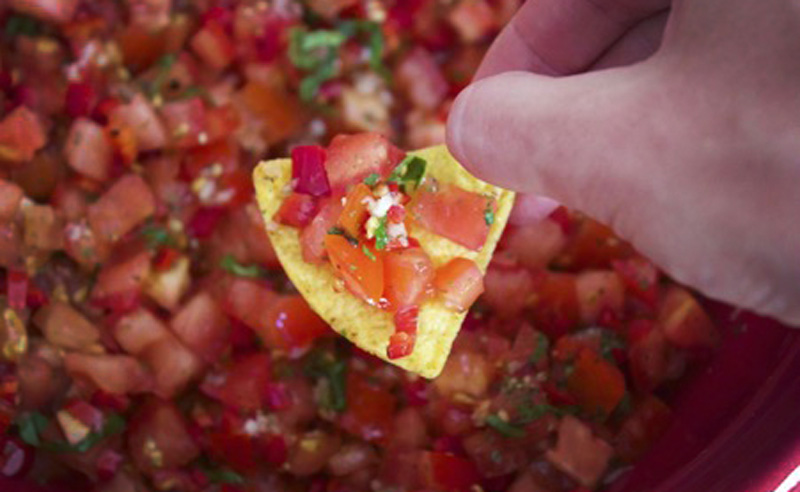 You are currently viewing Tomato, Red Onion and Balsamic Salsa