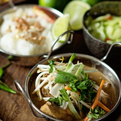 Image of Pad Thai chefs table with Chorchaba Harper at Food Sorcery cookery school