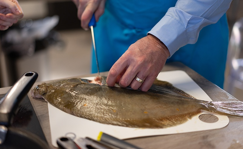image of flat fish filleting class at food sorcery cookery school