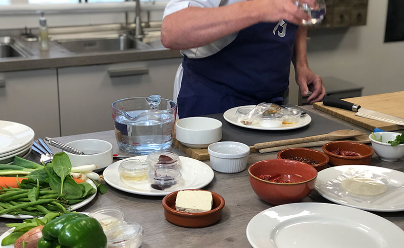 image of Jason Palin cooking at Food Sorcery